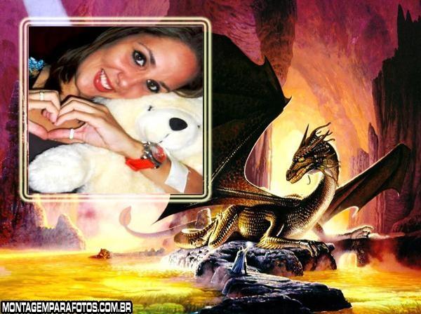 Moldura Dragão na Caverna