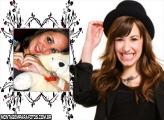 Moldura Sorriso Demi Lovato
