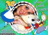 Moldura Alice e Coelho Branco