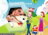 Família Feliz No Dia Das Crianças